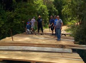 Prefeitura realiza reforma de ponte no interior
