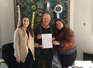 Prefeitura assina Termo de Colaboração com a Associação Matense dos Estudantes de Santa Maria - AMESM